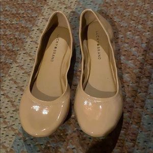 LIKE NEW Lucky Brand nude flats